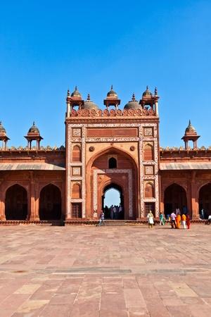 fatehpur sikri: FATHEPUR SIKRI, INDIA NOVEMBER 17: Pilgrims visit the Jama Masjid Mosque on November 17,2011 in Fatehpur Sikri, India. The mosque was completed in 1571 by Akbar.