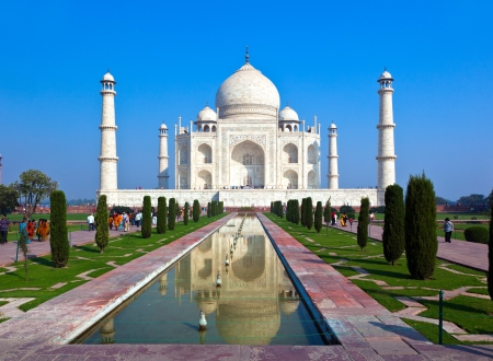 mahal: Taj Mahal in India Editorial