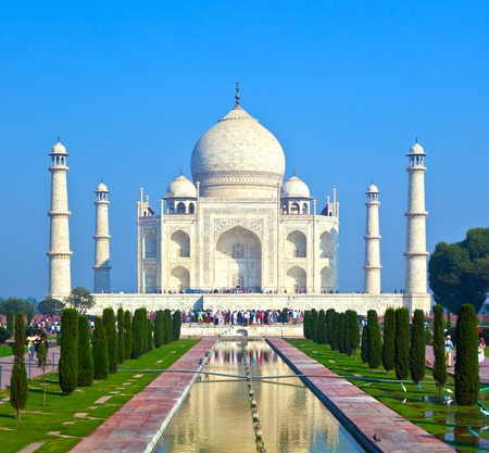 dome of hindu temple: Taj Mahal in India Editorial
