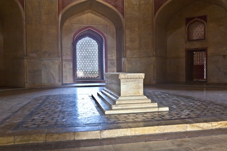 India, Delhi, Humayuns Tomb, built by Hamida Banu Begun in 1565-72 A.D. the earliest example of Persian influence in Indian architecture