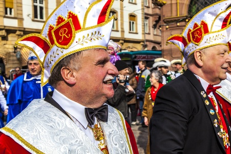 conquest: FRANKFURT, GERMANY - MARCH 5: The Carnival  Parade moves through the city on March 5, 2011 in Frankfurt, Germany. They  conquest the town hall and get the key for one day from the mayor. Editorial