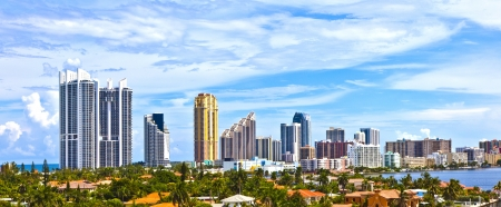 Skyline of the city of Miami, Florida. Stock Photo - 13664069