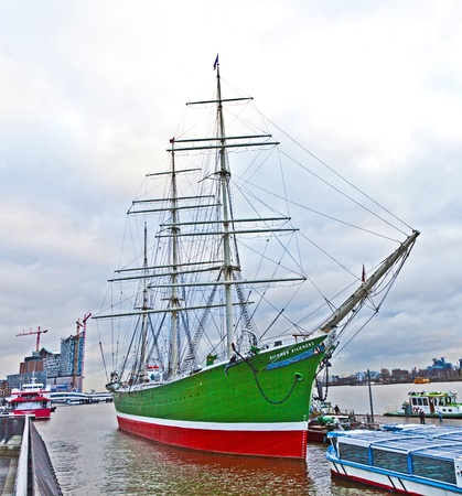 hamburg: old sailor on pier of Landungsbruecken in Hamburg