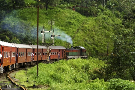 riding by train the scenic mountain track from Nuwarelia to Colombo Stock Photo - 13705778
