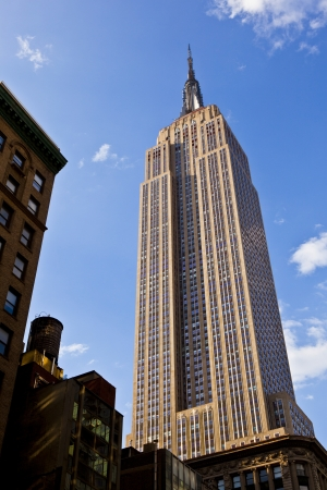 sunshine state: facade of Empire State Building in New York