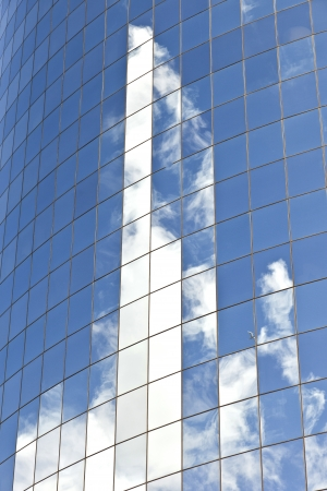 facade of Skyscraper with reflection of sky in New York Stock Photo - 13757109
