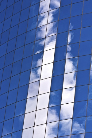 facade of Skyscraper with reflection of sky in New York Stock Photo - 13769899