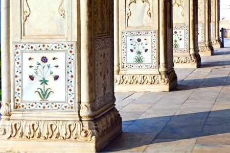 private i: Detail, inlaid flowers on marble column, Hall of Private Audience or Diwan I Khas at the Lal Qila or Red Fort in Delhi, India Editorial