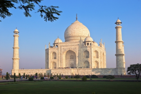 Taj Mahal in India Stock Photo - 13744715