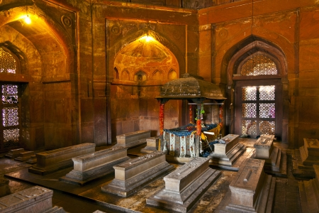 fatehpur: marble graveyards in Jama Masjid in Fatehpur Sikri  remember to islamic holy people