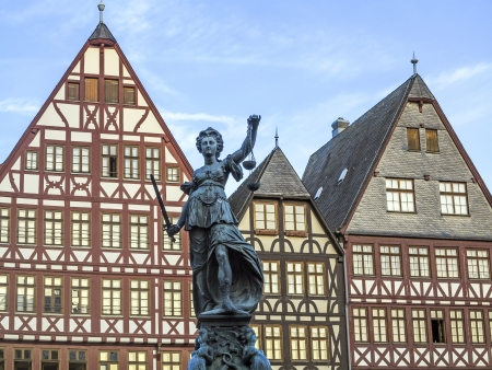 roemer: lady Justice in Frankfurt at the Roemer place