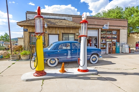 oldtimer: WILLIAMS, USA - July 8:  old retro filling station on July 8, 2008 in Williams, USA. In 1926,Highway 66 was established and  today, all of downtown Williams is on the National Register of Historic Places.