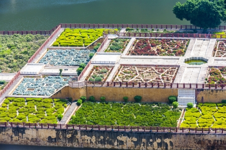 rajput: Maota Lake and Gardens of Amber Fort in Jaipur, Rajasthan, India Stock Photo