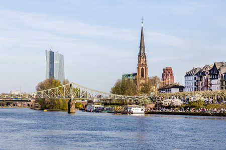 sachsenhausen: skyline of Frankfurt with river Main