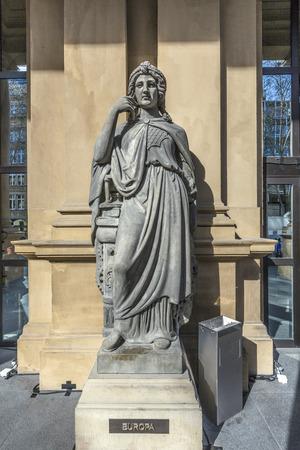 frankfurt stock exchange: statue at frankfurt stock exchange that symbolizes the eoropean continent