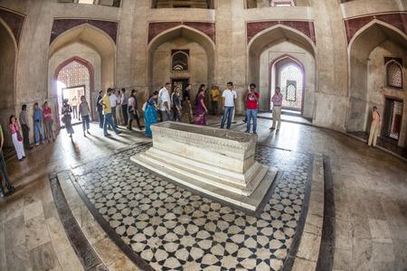 jama mashid: DELHI, INDIA - NOV 11,2011: people visit humayuns tomb with beautiful ceiling  and ornaments  in Delhi, India. Humayuns tomb is the tomb of the Mughal Emperor Humayun.
