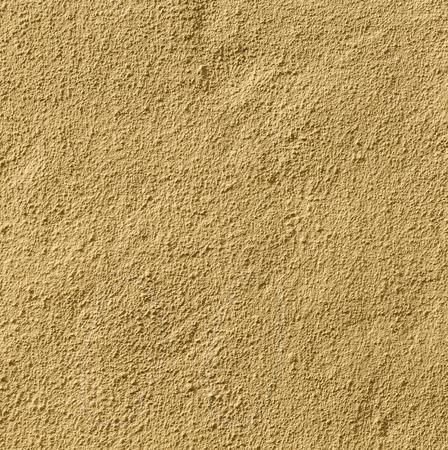 harmonic: ocher wall background gives a harmonic pattern