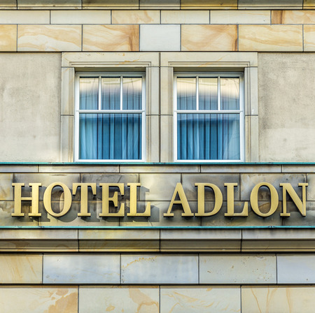 legendary: Berlin - the legendary Hotel Adlon