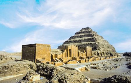 djoser: Pyramid of Djoser (Stepped pyramid), an archeological remain in the Saqqara necropolis, Egypt.