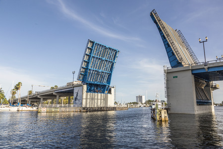 drawbridge: View of the Fort Lauderdale Intracoastal Waterway from a water taxi with a drawbridge ahead