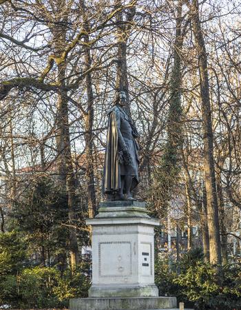 friedrich: historic statue of Friedrich von SChiller at the Maximiliansplatz in Munich