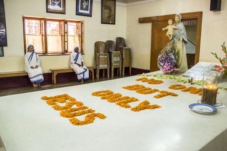 calcutta: KOLKATA, INDIA - MAY 5, 2012: Grave of Mother Teresa in Kolkata, India. She died at SEP 5th, 1997 and got the nobel prize for peace in 1979.