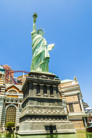 m hotel: LAS VEGAS NV - APRIL 16, 2012: New York - New York Hotel & Casino in Las Vegas, Nevada, USA. Replica of the Statue of Liberty is 150-foot-tall (46 m) Editorial