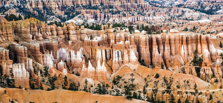 vastness: bryce canyon with spectacular hoodoos in sunrise
