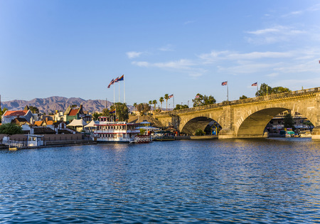 lake: LAKE HAVASU, USA - JULY 7: London Bridge in Lake Havasu, rebuilt in 1962 with original historic bridge and material from London on July 7,2008 in Lake Havasu, USA.