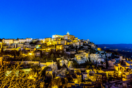 vaucluse: panorama of medieval town of Gordes, Provence. France
