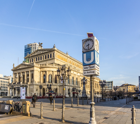 oper: FRANKFURT, GERMANY: MARCH 6, 2015: The Alte Oper (Old Opera) house in Frankfurt am Main, Germany. The square in front of the building is known as Opernplatz (Opera Square).