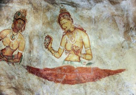 Sigiriya, SRI LANKA - 9 Agosto 2005: Sigiriya fanciulla - affreschi 5 ° secolo presso l'antica fortezza di roccia di Sigiriya in Sri Lanka
