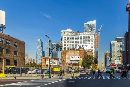 NUEVA YORK, EE.UU. - 21 De Octubre, 2015: Escena Típica Calle Con La ...