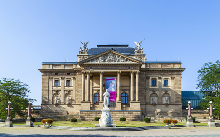 baukunst: The Hessisches Staatstheater Wiesbaden is the State Theatre of the German state Hesse in Wiesbaden