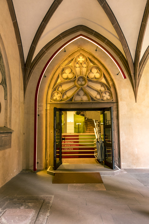 st german: MAINZ, GERMANY - JULY 17, 2016: detail of sandstone arc in St Stephan church cloister