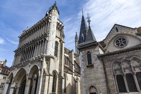ディジョン、フランスのディジョンのノートルダム聖堂 写真素材