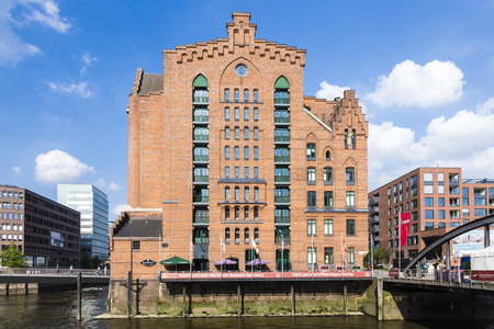 maritimes: HAMBURG, GERMANY - JULY 17, 2014: the international Maritimes museum in Hamburg houses the famous model ship collection of Peter Tamm. The brick building was inaugurated in 2008