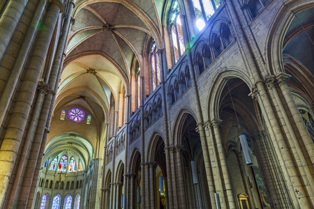 sep: LYON, FRANCE - SEP 2, 2016: Inside the nave of the Cathedrale Saint-Jean-Baptiste de Lyon - Saint John