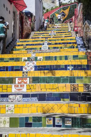 RO DE JANEIRO, BRAZIL - JAN 4, 2017: people at the Selaron Steps connecting Lapa and Santa Teresa Neighbourhoods. Editorial