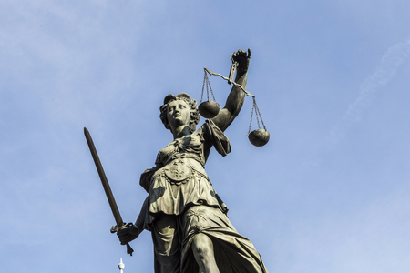 roemerberg: lady justice at the roemerberg under blue sky Stock Photo