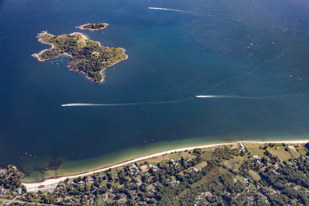 massachussets: Misery Island, aerial,  Boston, MA, USA on a sunny day - aproach Boston airport