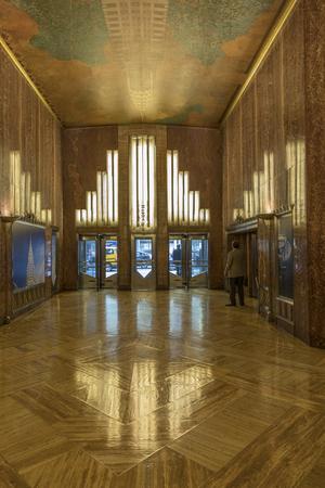 NEW YORK, USA - 6 OTTOBRE 2017: interno dell'ingresso dell'edificio di Crysler a New York. L'edificio è alto 1.046 piedi (318.9 m) ed è stato per un anno l'edificio più alto del mondo.