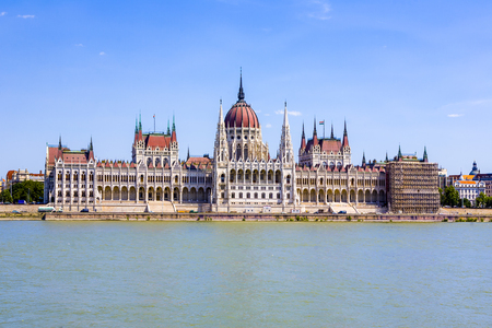 famous Hungarian parliament in Budapest with river Danube 스톡 콘텐츠