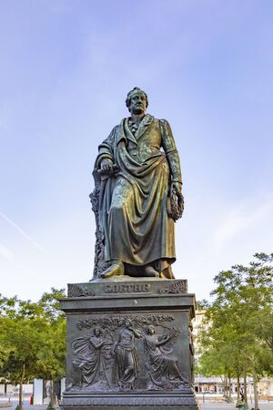 Statue of Johann Wolfgang von Goethe in Frankfurt am main, germany Publikacyjne