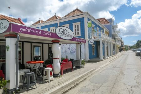 Kralendijk, Bonair  - November 17, 2019: Being south of the hurricane belt and because of the constant breeze, temperatures and little rain, Bonaire is a year round tourist and cruise ship destination Redakční