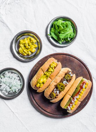 Selection of classic hot dogs against white background Zdjęcie Seryjne