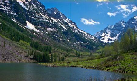 arri�re-pays: Rocky Mountain National Park offre une vue majestueuse montagne, une vari�t� de la faune, des climats vari�s et environmentsfrom for�ts bois�es des montagnes tundraand acc�s facile � l'arri�re de ski de fond et des campings. Le parc est situ� au nord-ouest de Boulder,