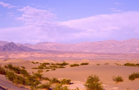 Death Valley is the lowest, driest and hottest valley in the United states. It is the location of the lowest elevation in Western hemisphere Banco de Imagens - 2897468