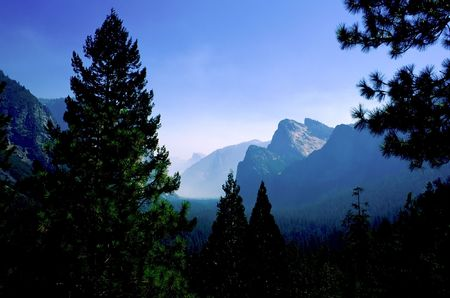 mariposa: Yosemite National Park is a national park located largely in Mariposa and Tuolumne Counties, California, United States. Stock Photo