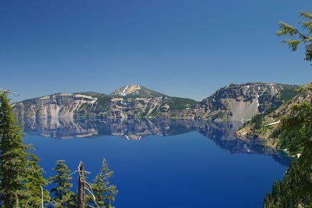 the deepest: Crater Lake Parque Nacional en Oregon, EE.UU.